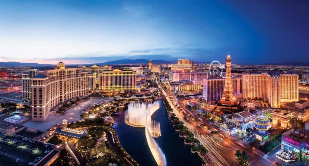 Best Places to Visit in Las Vegas Tour Guide Travel Guide Best Holiday Destinations 2019 2020